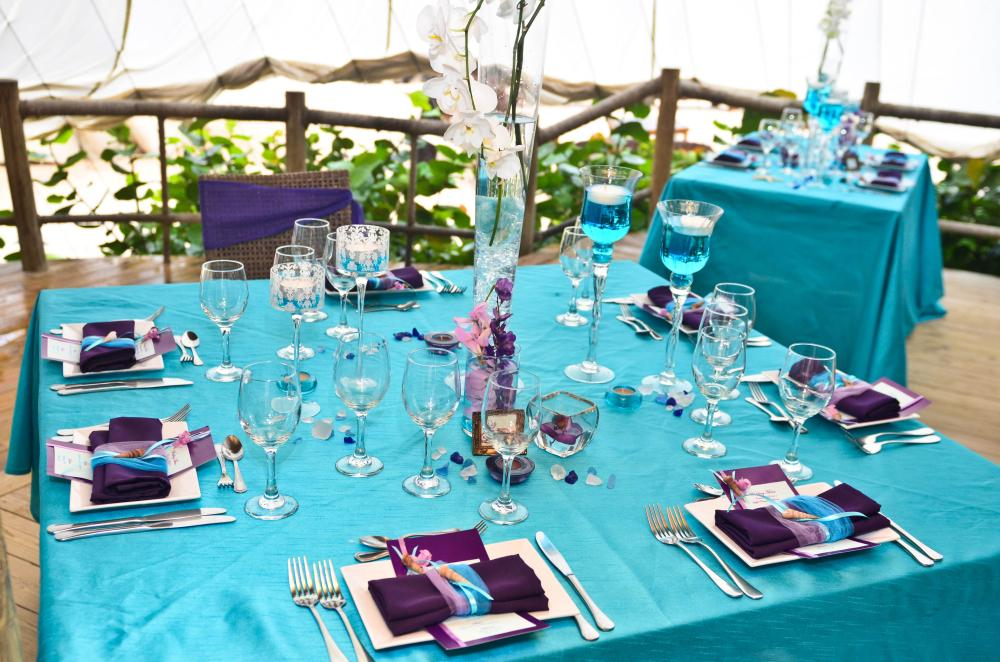 Table settings on pinterest peacock wedding table - Blue and purple color scheme ...