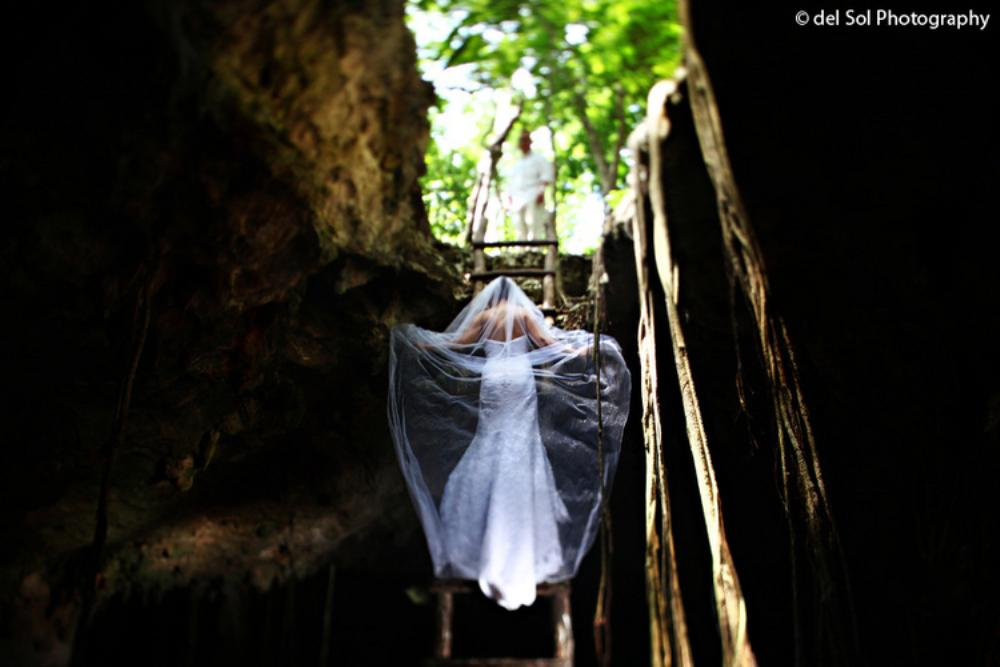 del_Sol_Photography_Trasht_the_dress_01.jpg