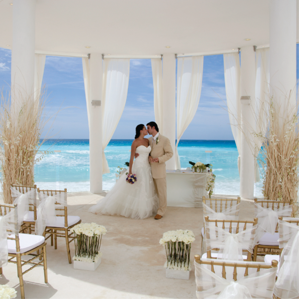 Le blanc spa resort wedding white gold for All inclusive wedding packages